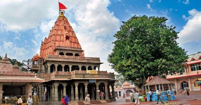 सोमवार से मध्यप्रदेश के बाहर के श्रद्धालु भी कर सकेंगे महाकाल मंदिर के दर्शन