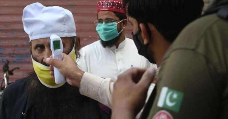 पाकिस्तान का दावा : कोरोना की स्थिति नियंत्रण में, संक्रमण की संख्या 3 लाख के करीब