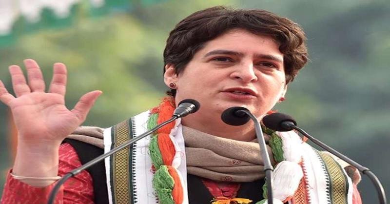 SSC की परीक्षा तय अवधि में कराने की मांग कर रहे युवाओं की बात सरकार को सुननी चाहिए : प्रियंका गांधी