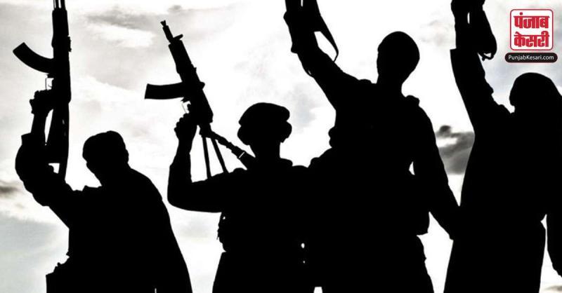 J&K में आतंकी मॉड्यूल का भंडाफोड़, हथियार और गोला-बारूद समेत 2 लोगों को किया गिरफ्तार