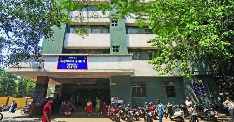 मुंबई के अस्पताल की बड़ी लापरवाही, गलत शव सौंपे जाने पर परिजनों ने किया हंगामा