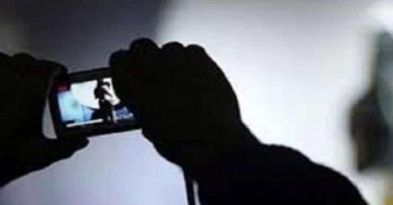 शर्मनाक : बलिया में सोशल मीडिया पर वायरल हुआ गैंगरेप का वीडियो, आरोपी फरार