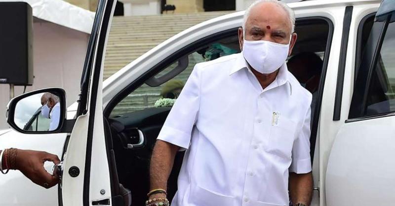 कर्नाटक कैबिनेट विस्तार पर चर्चा के लिए दिल्ली पहुंचे मुख्यमंत्री येदियुरप्पा