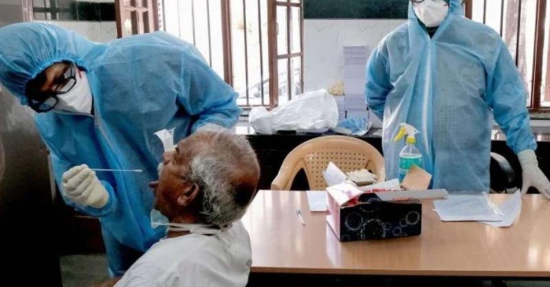 गुजरात में बीते 24 घंटे में कोरोना के 1,379 नए मामलों की पुष्टि, 14 की मौत