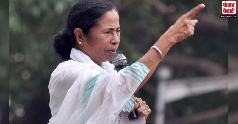 खराब मौसम होने के कारण CM ममता ने उत्तर बंगाल की यात्रा 8 दिन के लिये की स्थगित