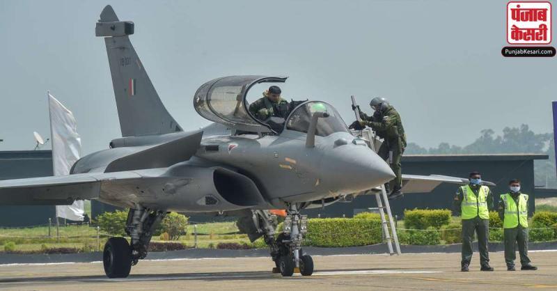 राफेल उड़ाएंगी नारी शक्ति,  IAF के 'गोल्डन ऐरो' स्क्वाड्रन में जल्द शामिल होंगी पहली महिला पायलट