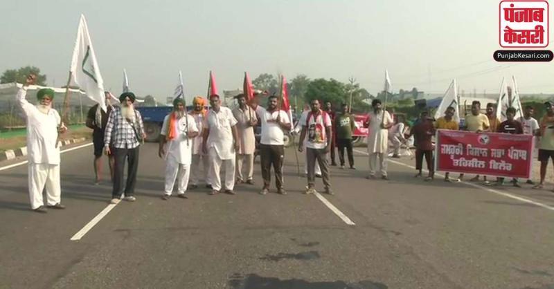 कृषि विधेयकों के खिलाफ देशभर में किसानों का विरोध प्रदर्शन, दिल्ली में बढ़ाई गई सुरक्षा