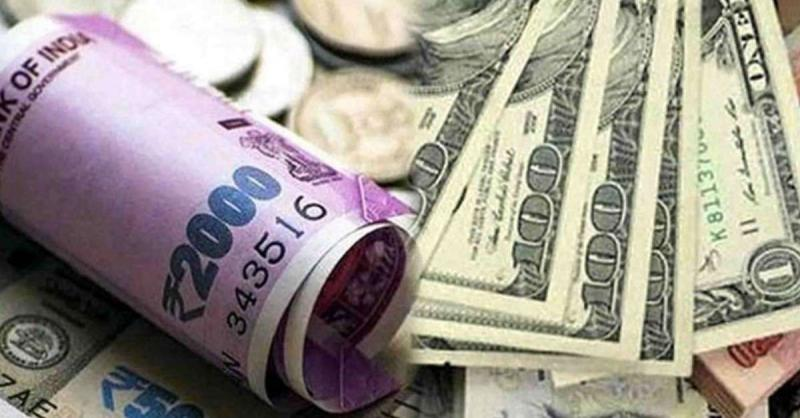 शेयर मार्केट: डॉलर के मुकाबले रुपया 28 पैसे उछला, 73.61 रुपये प्रति डॉलर पर पहुंचा