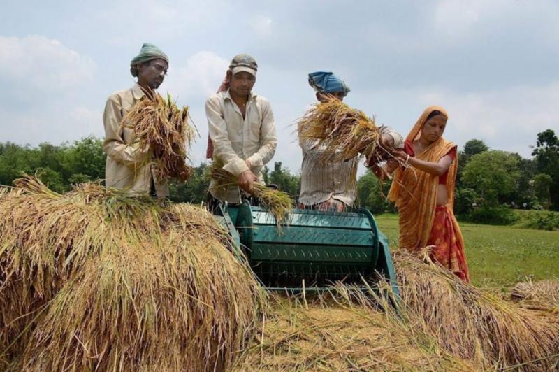 सिर्फ़ माहौल बनाया जा रहा है कि किसानों के लिए बहुत कुछ किया जा रहा है'