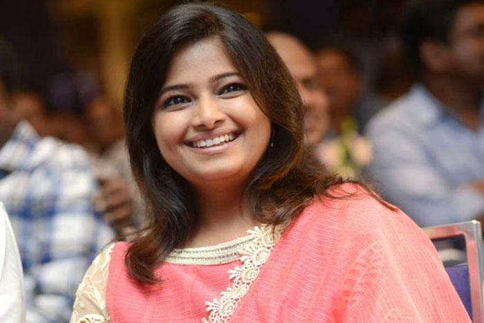 Evaru Fashion Designer Evaru Yesteryear S Tv Host Gulte Latest Andhra Pradesh Telangana Political And Movie News Movie Reviews Analysis Photos