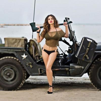 Actiongirl images.dujour.com