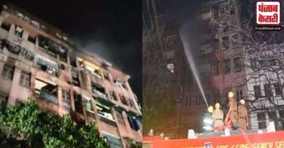 कोलकाता में इमारत में लगी आग से एक मासूम समेत 2 की मौत