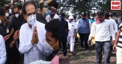 CM उद्धव ठाकरे और पूर्व सीएम देवेंद्र फडणवीस ने बाढ़ प्रभावित क्षेत्रों का किया मुआयना