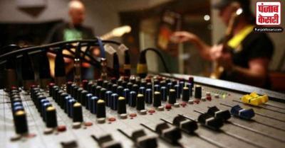 दिल्ली के छात्र कर सकेंगे रेडियो स्टेशन से जुड़े कोर्स