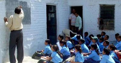 Covid -19 : राजस्थान में 2 नवंबर से खुल सकते हैं कक्षा 10वीं से 12वीं तक के स्कूल