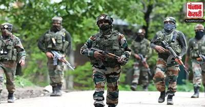 जम्मू-कश्मीर में भारतीय सेना ने तीन घुसपैठियों को मार गिराया गया, 4 जवान घायल