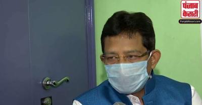 मंत्रिमंडल से इस्तीफे के बाद राज्यपाल से मिले राजीव बनर्जी, कहा- निजी हमलों से बेहद आहत