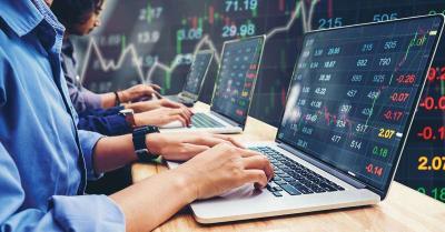 Share Market : शुरुआती कारोबार में सेंसेक्स 440 अंक से अधिक गिरा, निफ्टी 15,000 अंक से नीचे