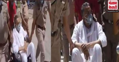 व्हीलचेयर पर बैठकर मोहाली कोर्ट में पेश हुआ मुख्तार अंसारी, पंजाब सरकार पर लगाया फंसाने का आरोप
