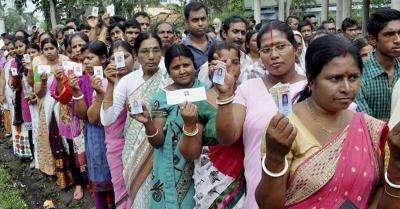 बंगाल में चुनावी प्रक्रिया में महिलाओं की भागीदारी ज्यादा, नतीजों में निभा सकती है अहम भूमिका