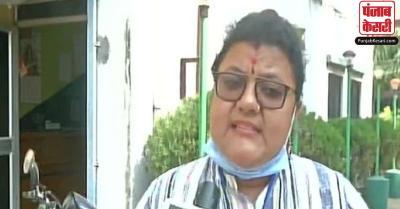 TMC ने पार्टी उम्मीदवार पर हमले की EC से की शिकायत, गालियां देने और हथियार दिखाने का लगाया आरोप
