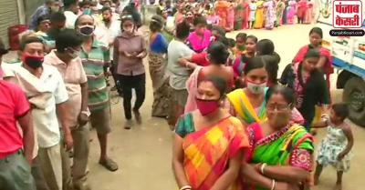 बंगाल चुनाव : कूचबिहार में मतदान के बीच TMC-BJP में झड़प, एक व्यक्ति की हत्या
