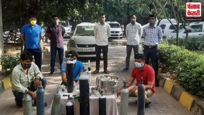 कोरोना कहर के बीच दिल्ली में ऑक्सीजन सिलेंडरों की कालाबाजारी के जुर्म में तीन लोग गिरफ्तार