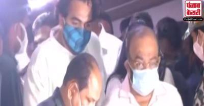 नारदा स्टिंग मामला : गिरफ्तार किए गए TMC के चारों मंत्री, कड़ी सुरक्षा में चिकित्सकीय जांच के बाद भेजा गया जेल