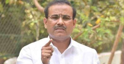 राजेश टोपे बोले- टीका विपणन कंपनियों से अपर्याप्त जानकारी दी गई