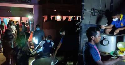 चक्रवात यास : बालासोर में भारतीय नौसेना चला रही राहत अभियान, बहुउद्देशीय सामुदायिक रसोई की स्थापना
