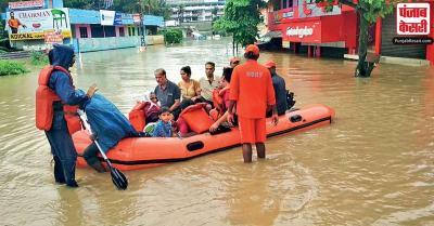 सशस्त्र बलों ने महाराष्ट्र, कर्नाटक और गोवा के बाढ़ प्रभावित इलाकों में राहत कार्यो के लिए बढ़ाई तैनाती