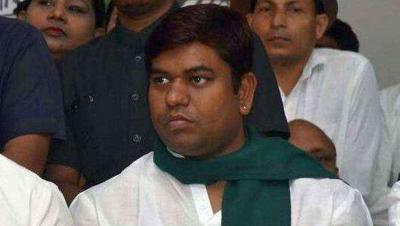 बिहार: साहनी ने किया राजग की बैठक से किनारा, अपने ही विधायकों ने घेरते हुए कहा- यह उनका व्यक्तिगत निर्णय