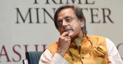 सुनंदा पुष्कर डेथ केस : कोर्ट ने थरूर के खिलाफ मुकदमा चलाने या न चलाने पर आदेश को किया स्थगित