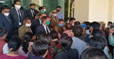 दिल्ली में नियंत्रित संक्रमण के बीच अभिभावकों-शिक्षकों ने स्कूलों को फिर से खोलने की मांग को लेकर किया प्रदर्शन