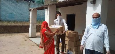 Food boxes being delivered by the Akshaya Patra Foundation during the COVID-19 outbreak. Photo: Facebook/Akshata Patra Foundation