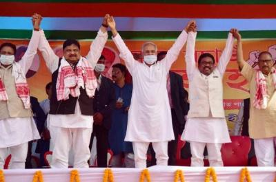 Chhattisgarh CM and AICC observer for Assam elections Bhupesh Baghel, APCC chief Ripun Bora and Congress leader Rokibul Hussain during party's 'Save Assam' campaign ahead of the forthcoming Assam assembly elections at Juria in Nagaon district. Photo: PTI