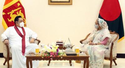 Bangladesh Prime Minister Sheikh Hasina and Sri Lankan Prime Minister Mahinda Rajapaksa in Dhaka, March 20, 2021. Photo: PID Bangladesh