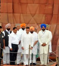 Rahul, Capt pay tributes at Jallianwala Bagh to mark massacre centenary
