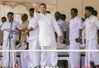 First time voter gifts Rahul Gandhi his portrait