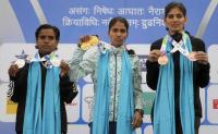 Dabbawalas win hearts in Mumbai Marathon