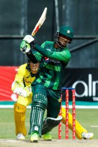 Zaman blasts Pakistan to Tri-Series final win over Oz