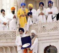 Akal Takht fetes Sikh personalities