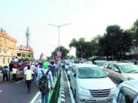 'Pol Khol' rally brings traffic to halt