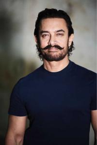 Aamir Khan meets China's film regulator official