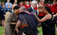 Prince Harry, Meghan arrive in New Zealand for final leg of Pacific tour