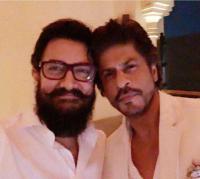 SRK has outdone himself in 'Zero': Aamir Khan