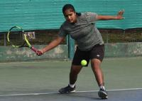 Simran rallies into final