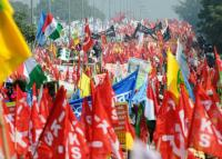 Oppn rallies behind farmers