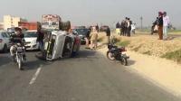 Drunken policemen hit two vehicles in Nawanshahr