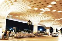 Mumbai airport handles record 1,007 flight movements on Saturday